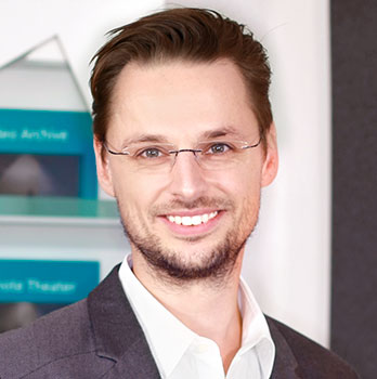 Dr. Michael Geisser